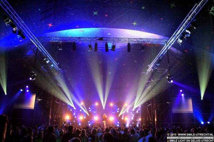 Festival of tentfeest - Smile verhuurt licht en geluid voor uw festival.