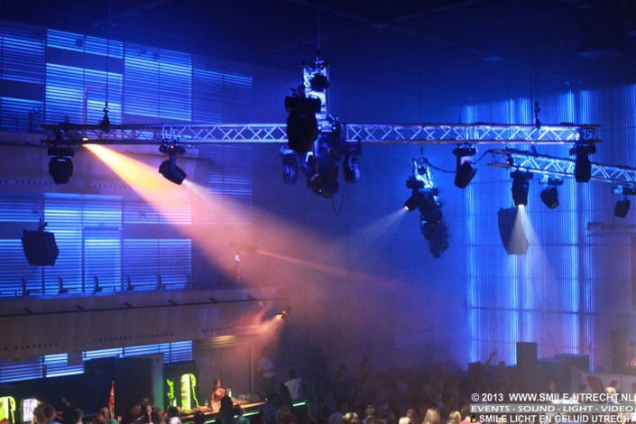 Summerfest dancefeest in het Muziekgebouw Amsterdam. Licht en geluid huren.